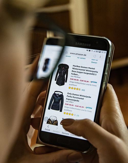 google moves to online shopping mobile-first indexing